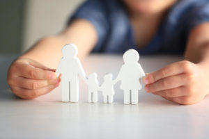 Read more about the article ALIENAÇÃO PARENTAL E SUA SÍNDROME